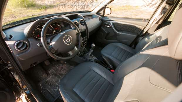 Dacia Duster interior