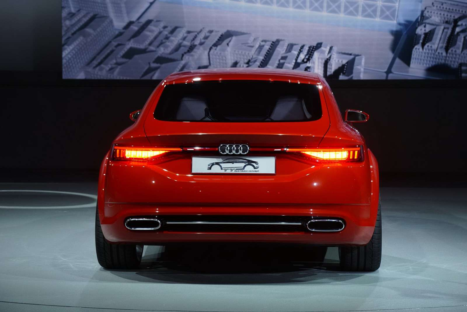 Audi-TT-Sportback-Concept-05