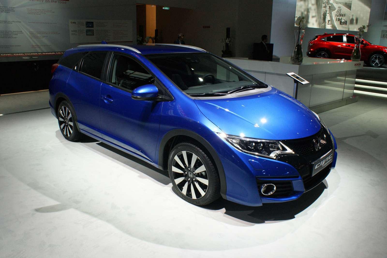 Honda-Civic-Tourer-01