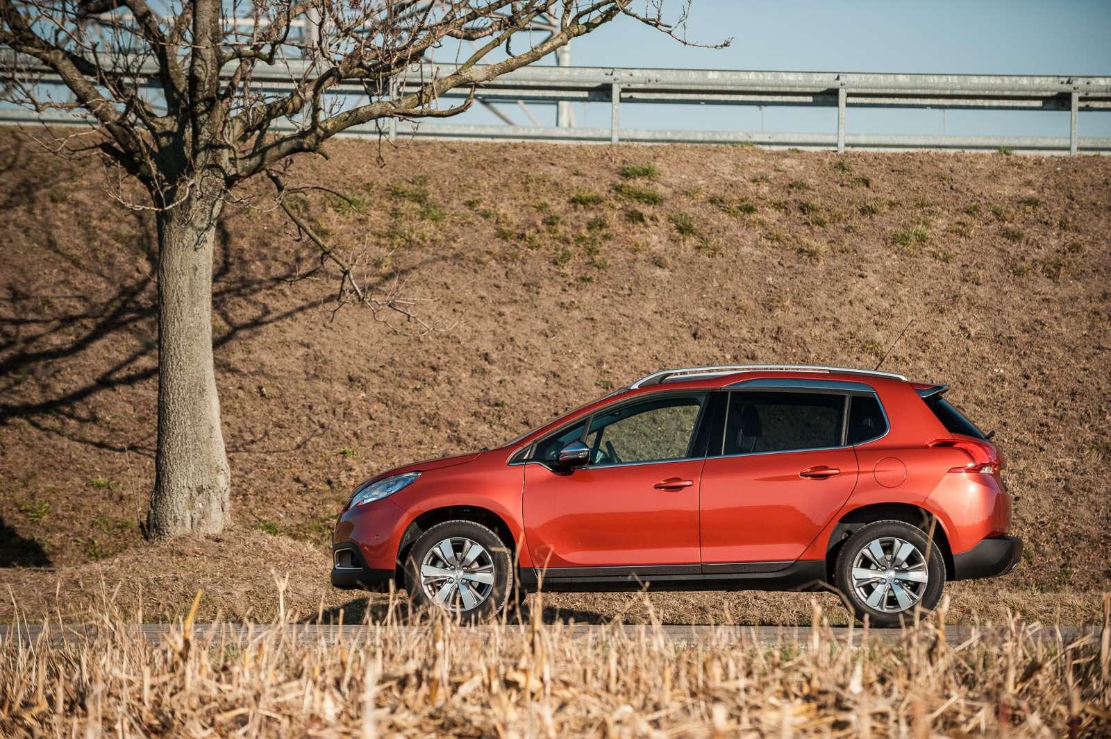 Peugeot 2008 1.2 PureTech Allure