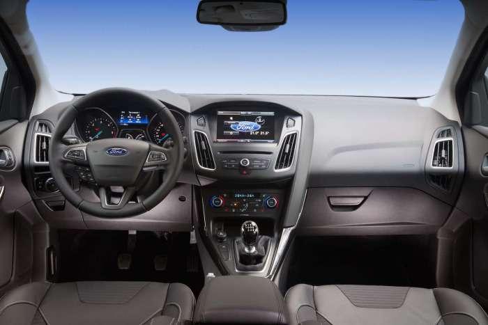 Ford Focus 2014 interior
