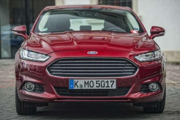 Nowy Ford Mondeo 2014 sedan
