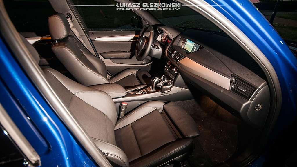 BMW X1 28i xDrive interior