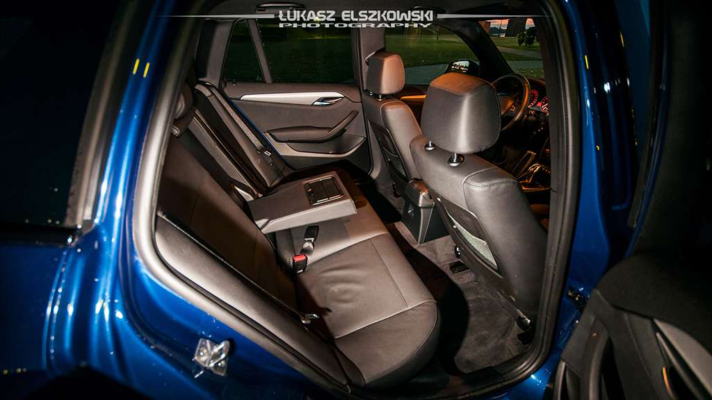 BMW X1 28i xDrive interior
