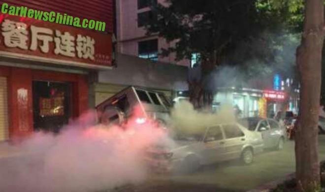 G55 AMG wypadek Chiny