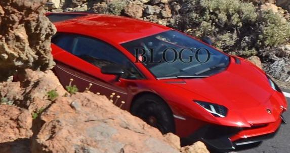Lamborghini Aventador SV spy
