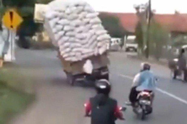 Przeciążona ciężarówka