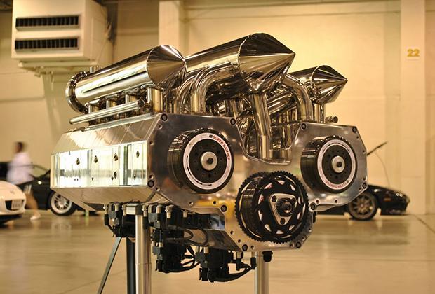 Silnik R12