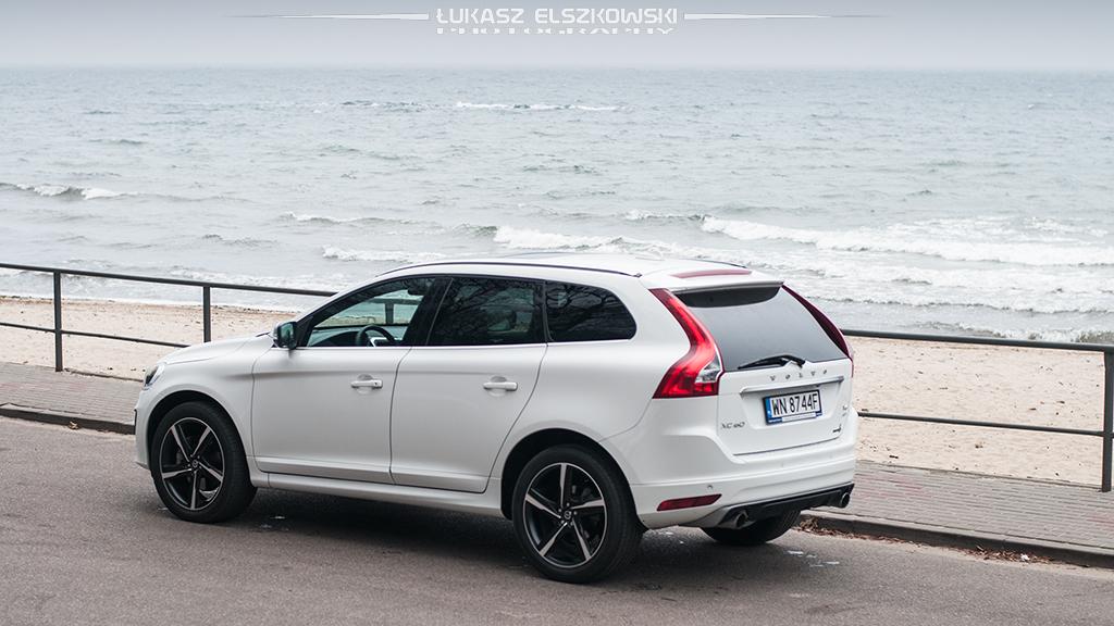 Volvo XC60 T6 AWD R-Design