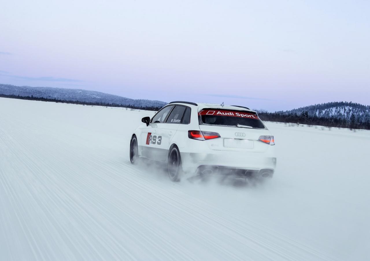 Audi RS3 2015