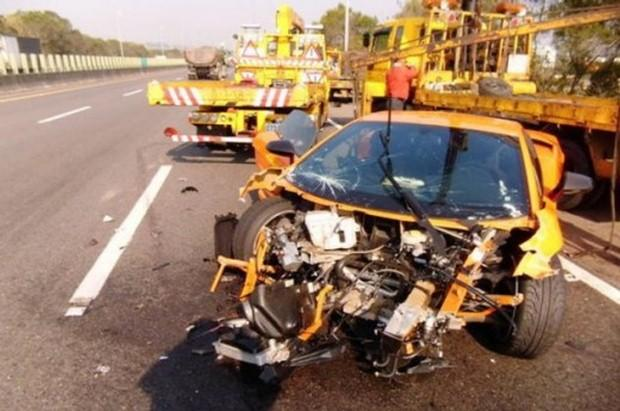 Lamborghini Gallardo crash Taiwan