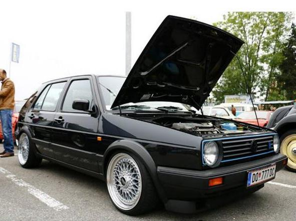 Volkswagen Golf 2 Limited