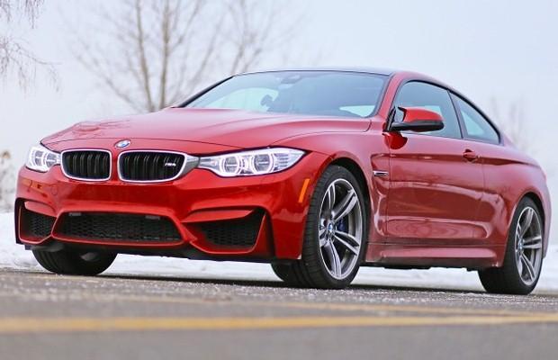 BMW M4 red