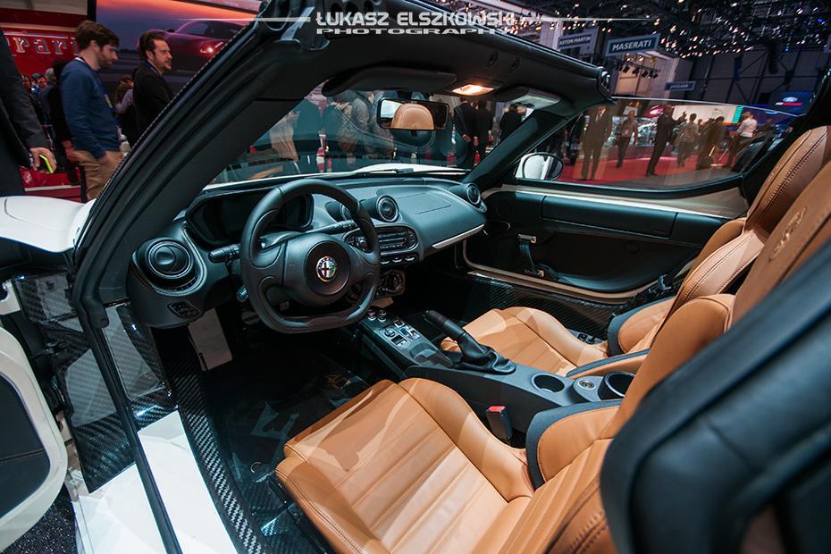 Alfa Romeo 4C Spider Genewa 2015