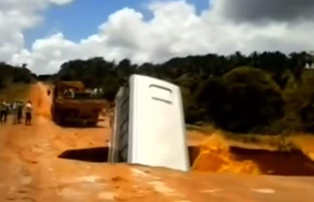 autobus powódź