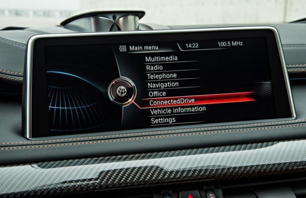 BMW X6M infotainment