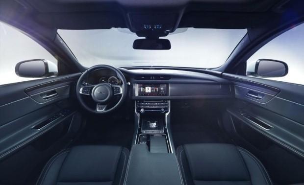 Jaguar XF 2016 interior