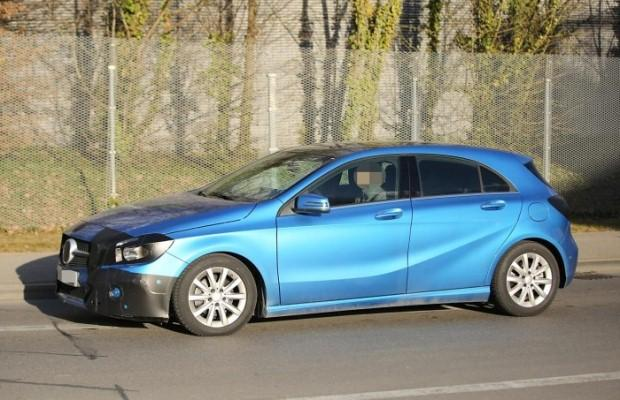 Mercedes A-klasa facelift spy