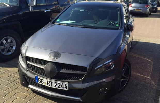 Mercedes A45 AMG facelift spy