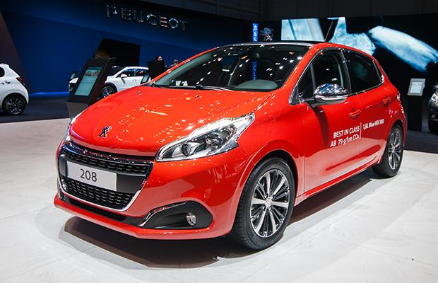 Peugeot 208 Genewa 2015