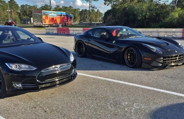 Ferrari F12Berlinetta vs Tesla Model S