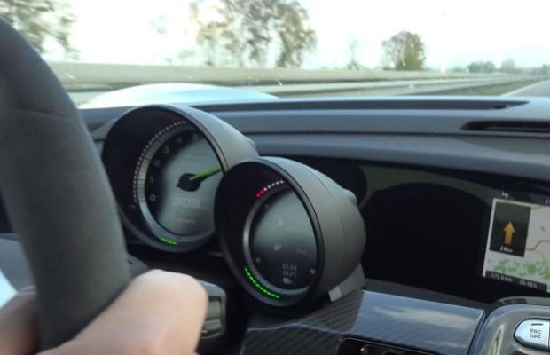 Porsche 918 Spyder speed