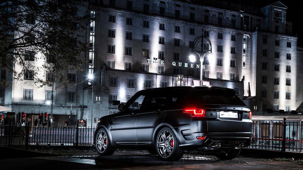 Kahn Design Range Rover Sport 400-LE