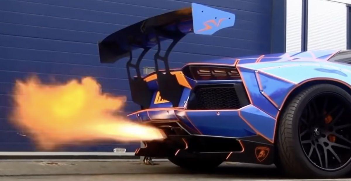 Lamborghini Aventador LP700-4 Liberty Walk