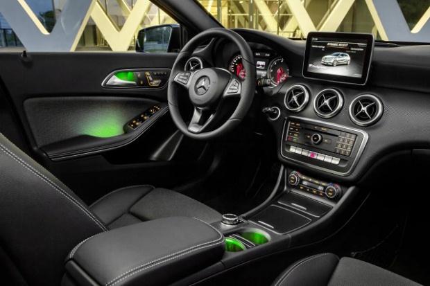 Mercedes A 2016 Interior