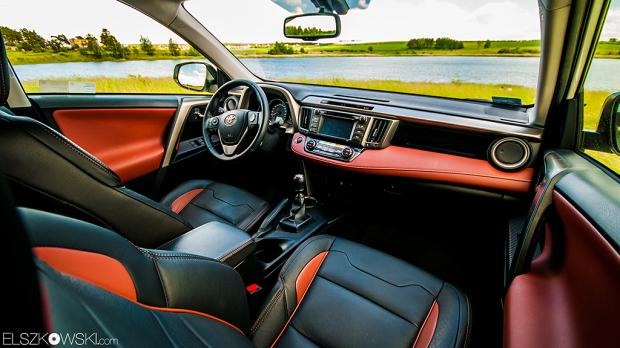 Toyota RAV-4 interior