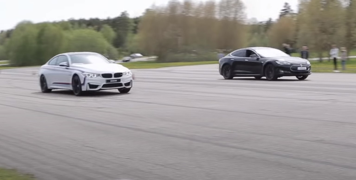 BMW M4 F82 vs Tesla Model S P85D