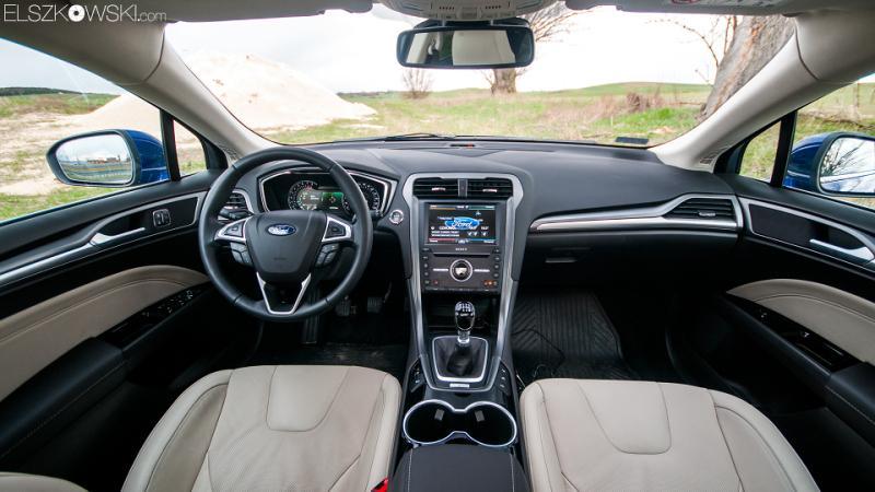 Ford Mondeo interior 2015