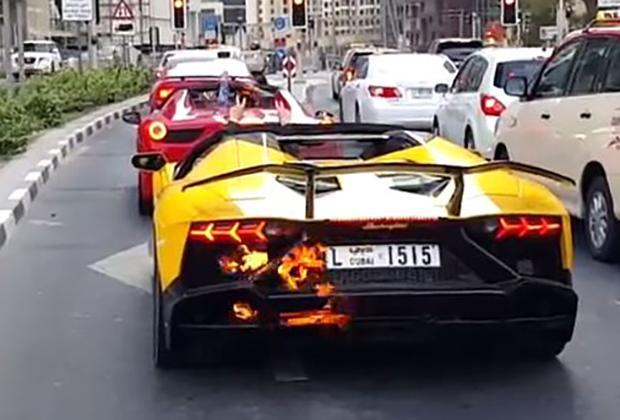 Lamborghini Aventador Dubai Flames