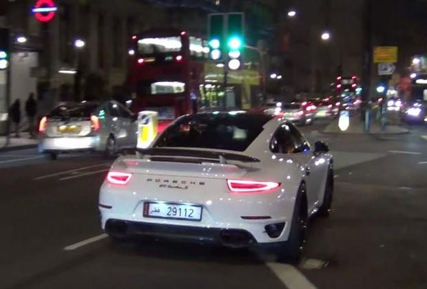 Porsche 911 Turbo S Londyn