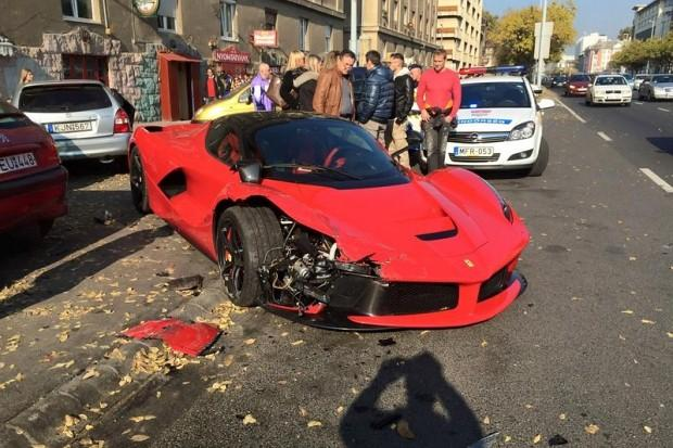 LaFerrari crash in Budapest