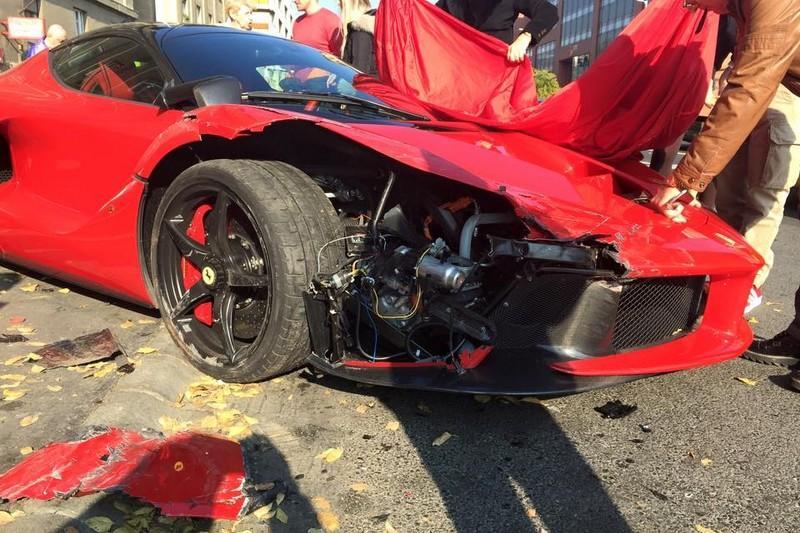 Ferrari LaFerrari Budapest crash