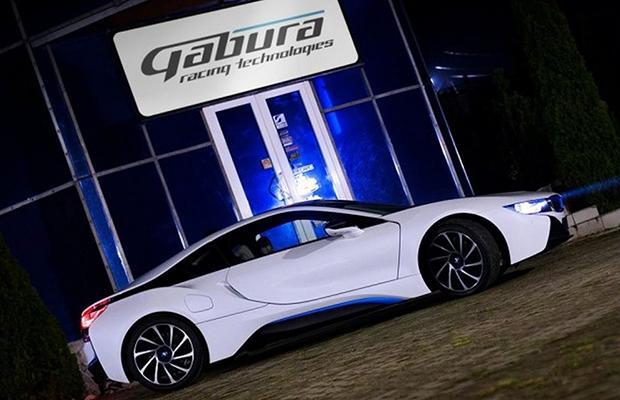 BMW i8 V8 Gabura