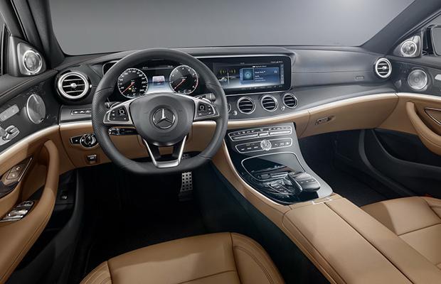 Mercedes-Benz Klasa E wnętrze