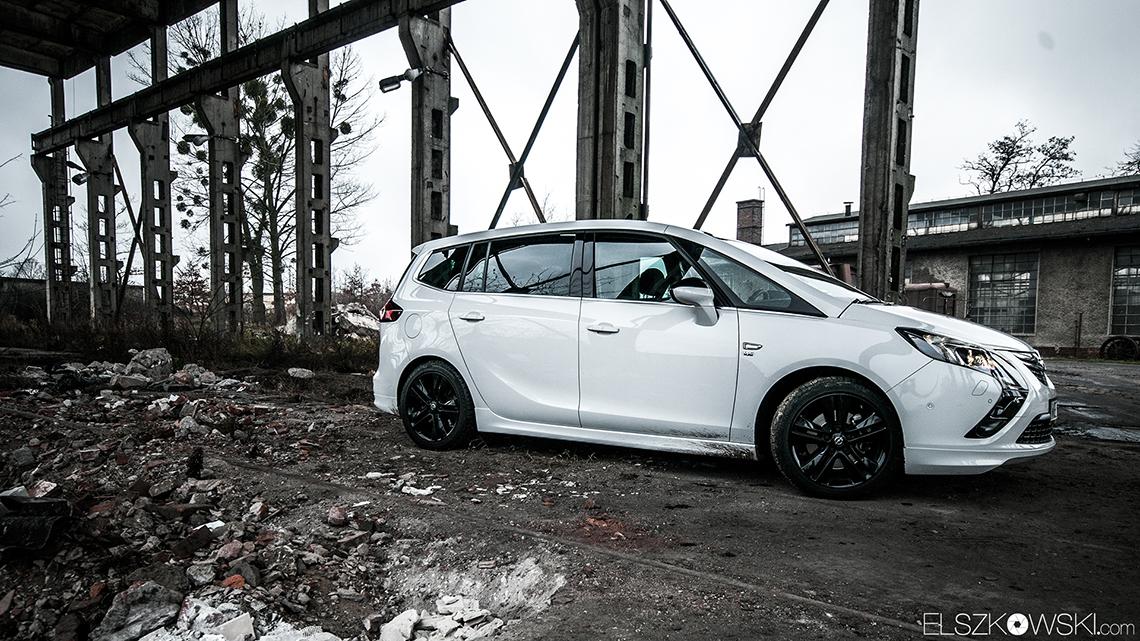 Opel Zafira Tourer OPC