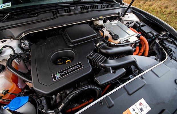 Ford Mondeo Hybrid Titanium