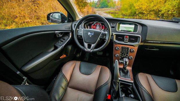 Volvo V40 CC interior