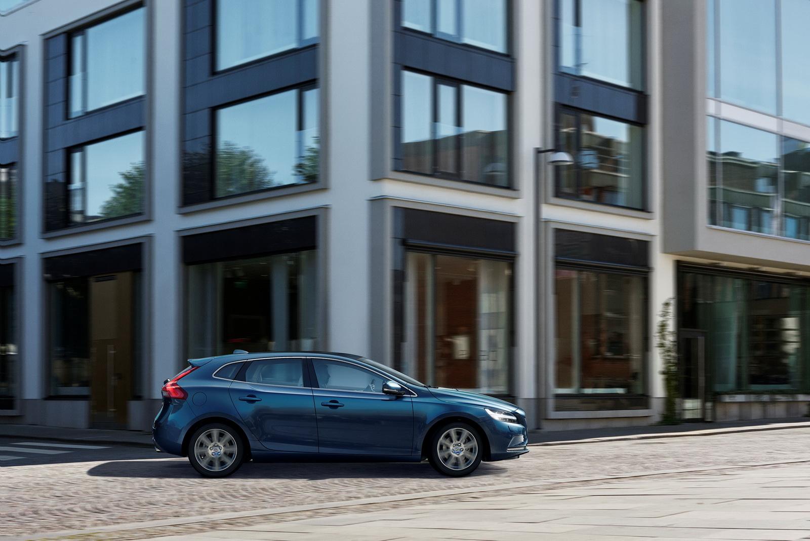 Volvo V40 FL 2017