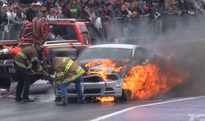Ford Mustang Pożar