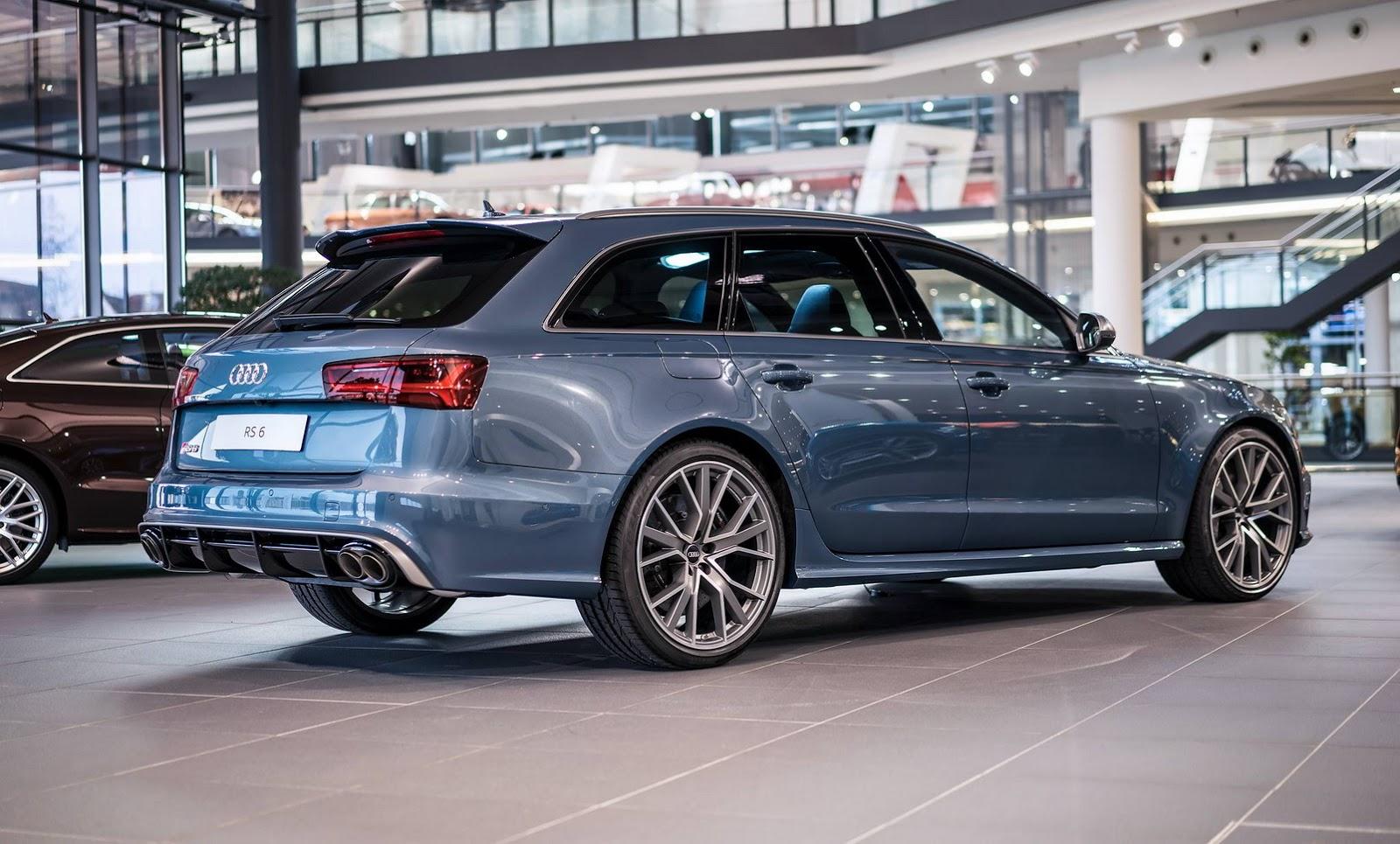 Audi RS6 Performance Audi Exclusive Polar Blue
