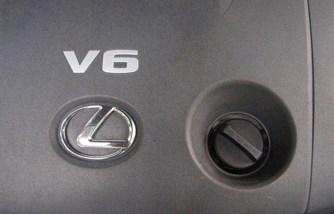 Lexus oil