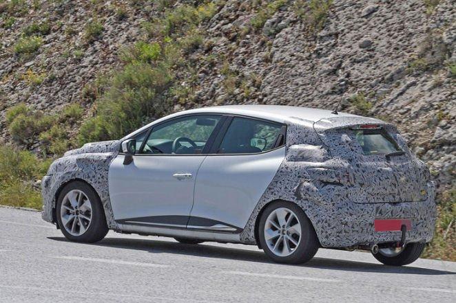 Nowe Renault Clio 2017 spy