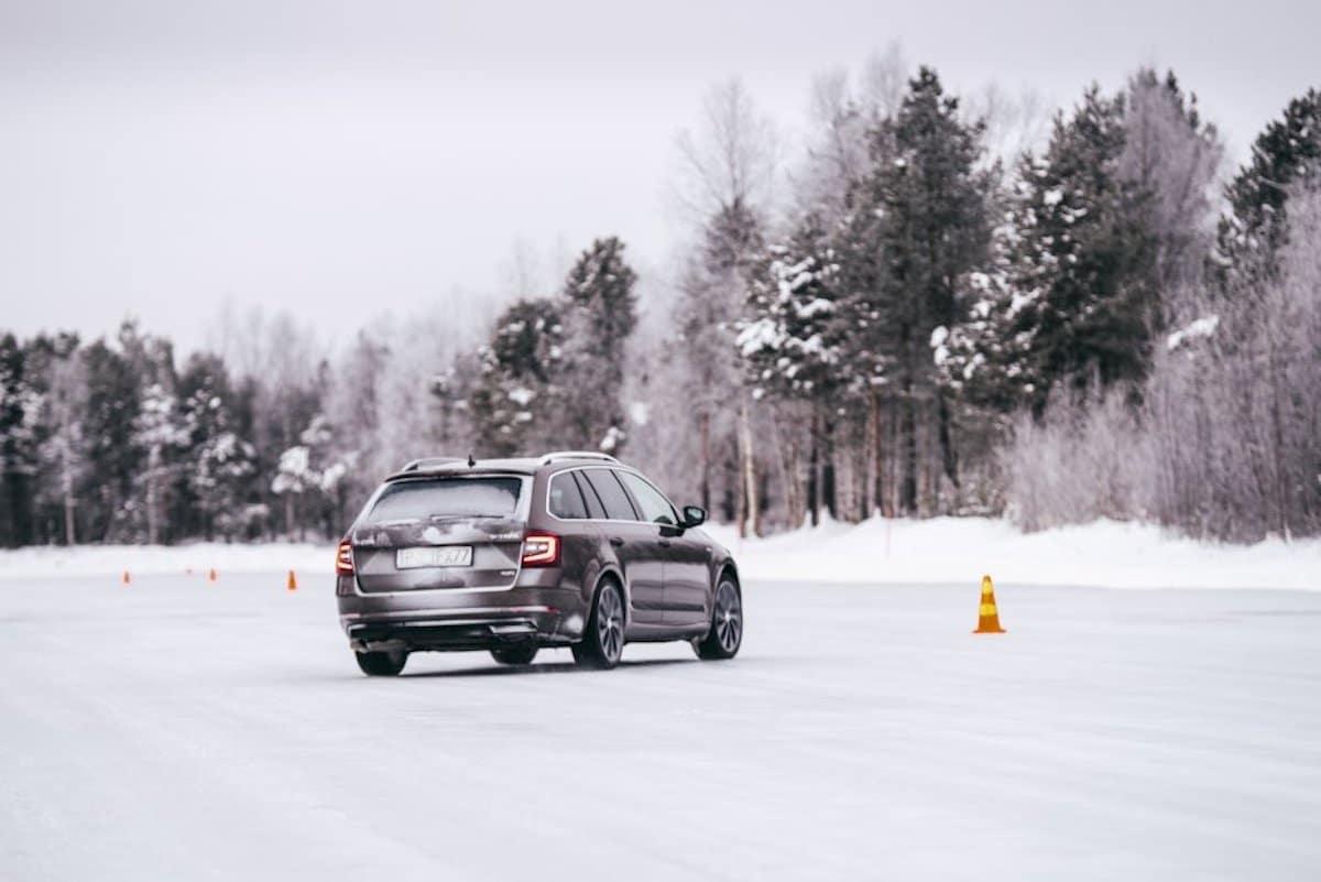 Skoda Octavia kombi zimą