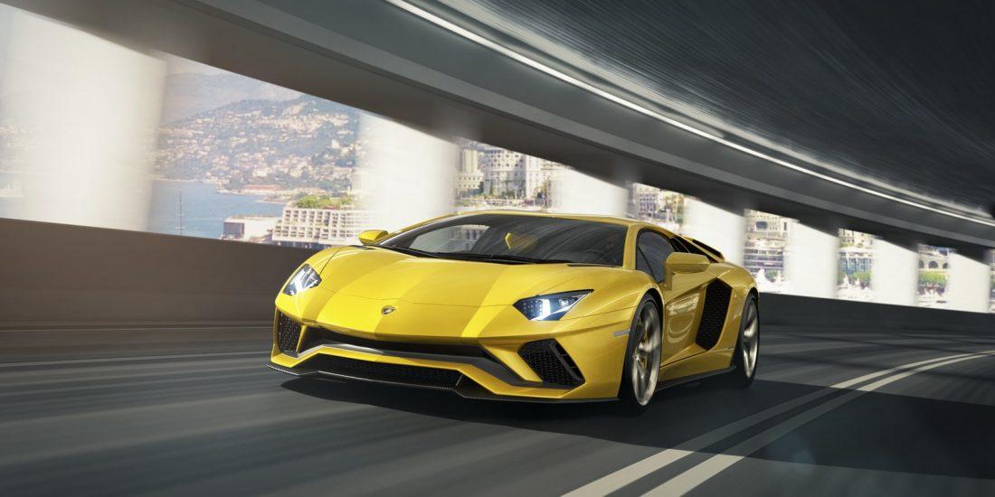 2017 Lamborghini Aventador S LP740-4