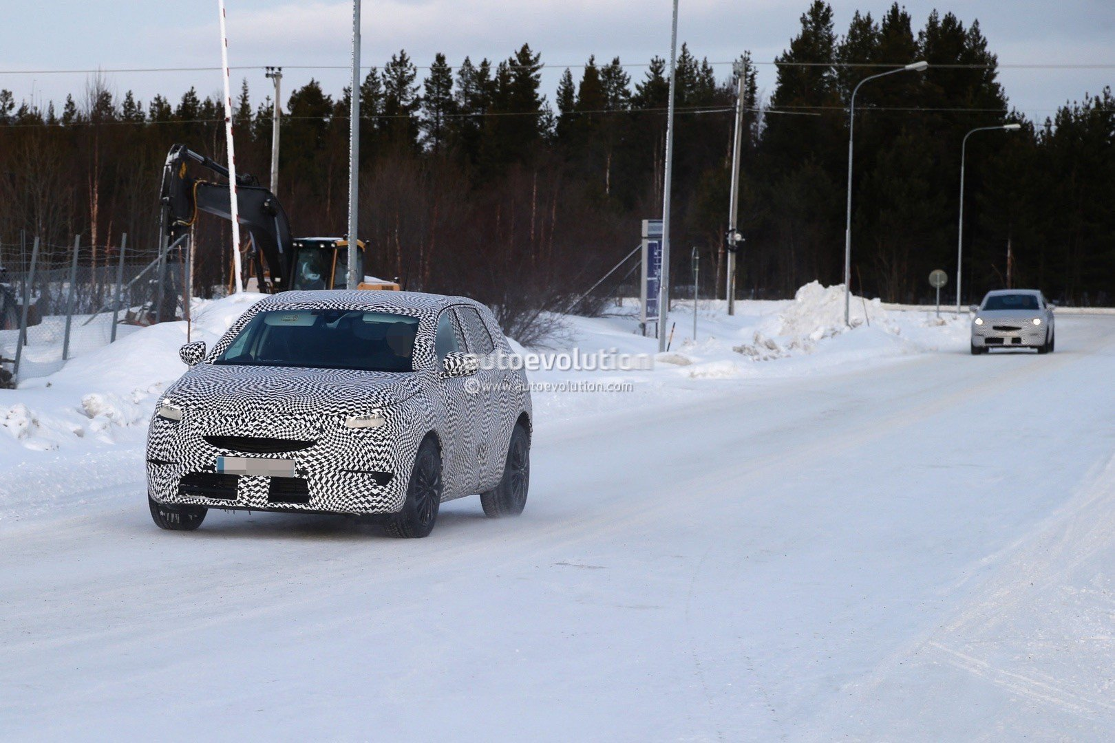 2017 Opel Grandland X spyshot