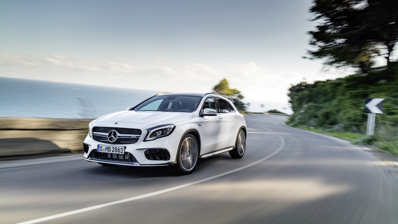 Mercedes GLA 45 AMG 2018 facelift